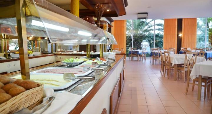 Azuline Pacific Hotel Image 8