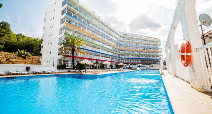 Deya Apartments Image 23