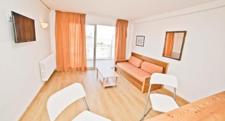 Deya Apartments Image 2
