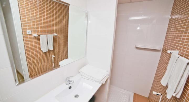 Deya Apartments Image 7