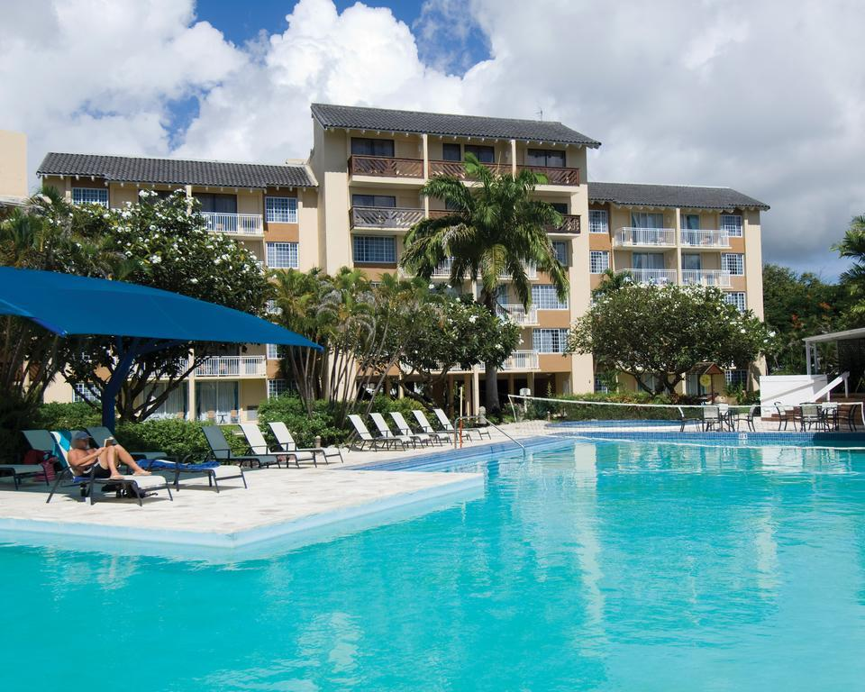 Divi southwinds beach resort in christchurch barbados for Divi hotel barbados