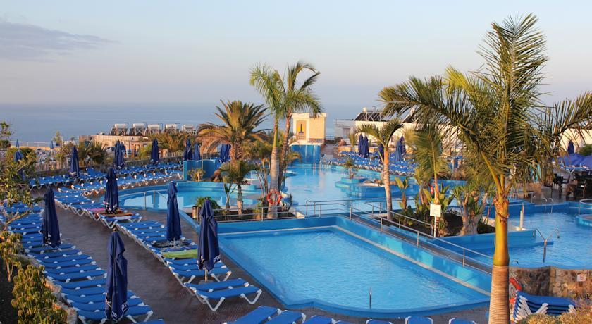 Sunconnect servatur puerto azul aparthotel in puerto rico gc gran canaria holidays from - Servatur puerto azul hotel ...