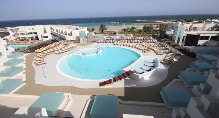 HD Beach Resort Image 12