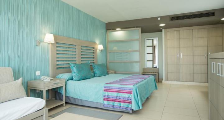 HD Beach Resort Image 0