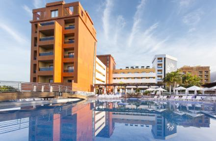 Be Live Experience La Nina in Costa Adeje, Tenerife, Canary Islands