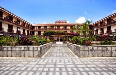 Florida Plaza Apartments in Puerto de la Cruz, Tenerife, Canary Islands