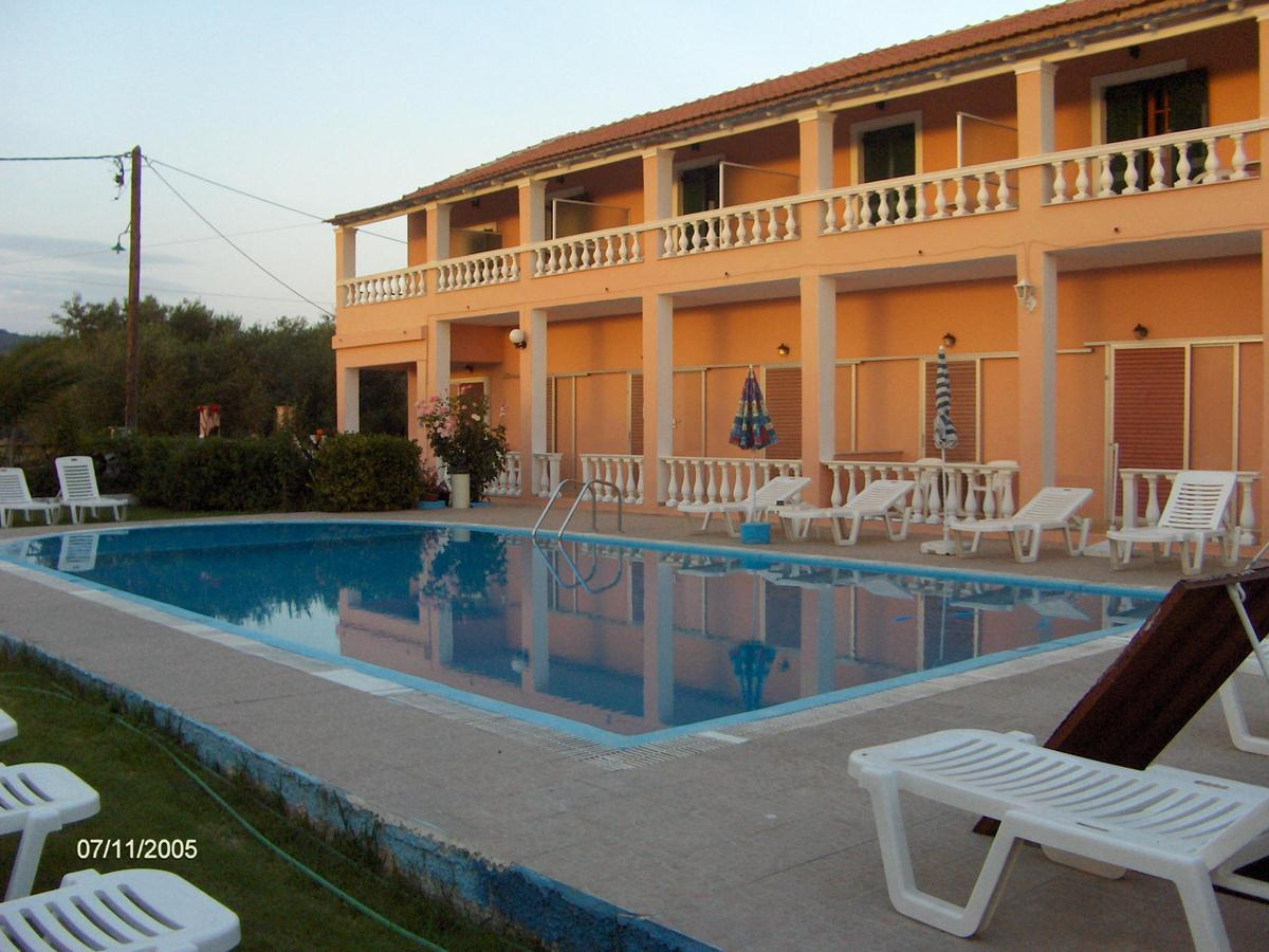 Elena Pool Apartments in Aghios Georgios, Corfu, Greek Islands