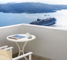 Tzekos Villas in Fira, Santorini, Greek Islands
