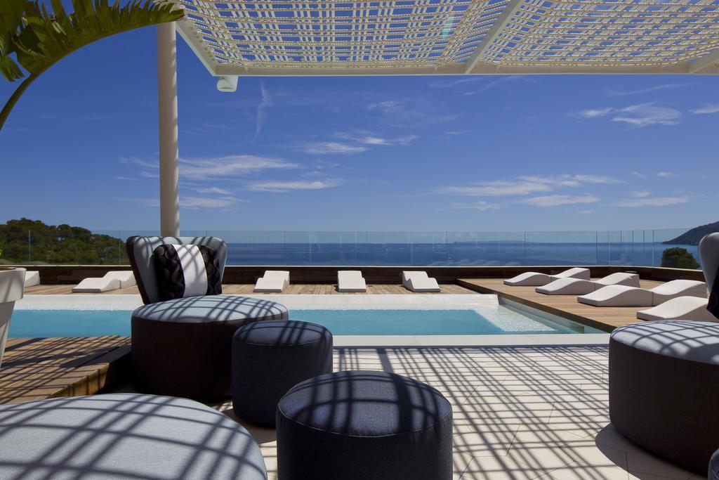 Aguas de ibiza lifestyle spa gl in santa eulalia ibiza holidays from 796pp loveholidays - Spa aguas de barcelona ...