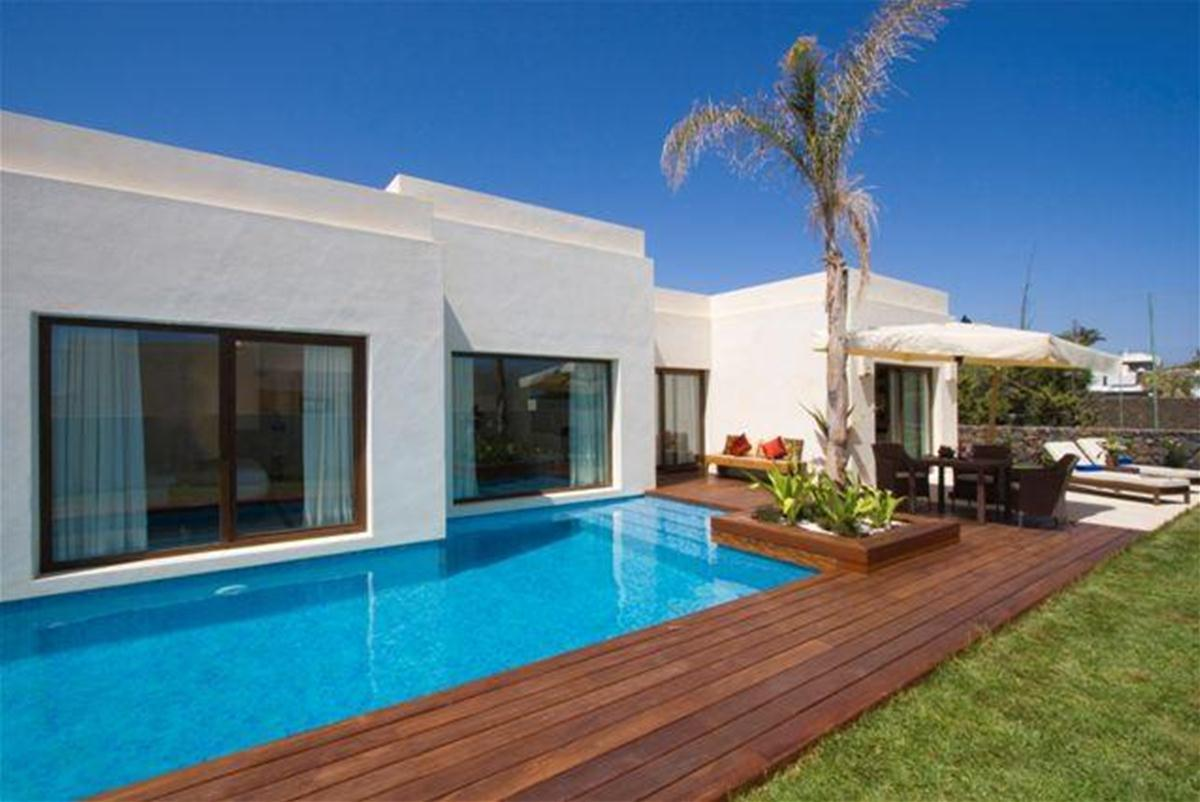 Alondra Villas & Suites in Puerto del Carmen, Lanzarote, Canary Islands