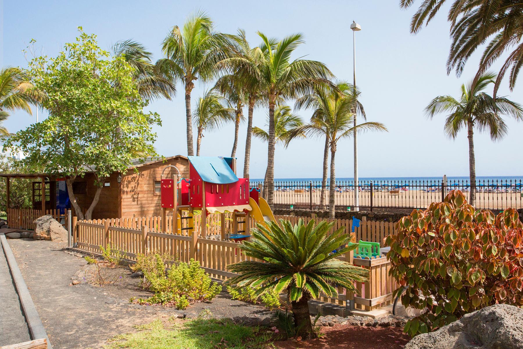 Hipotels la geria hotel in puerto del carmen lanzarote holidays from 324pp loveholidays - Cheap hotels lanzarote puerto del carmen ...