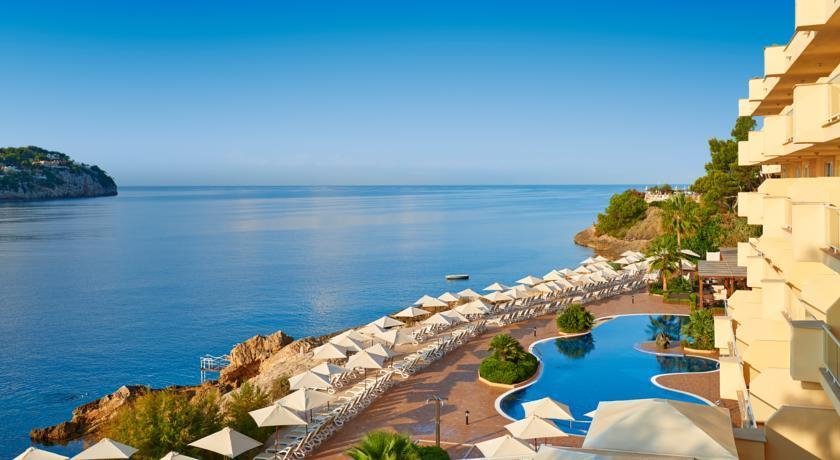 Iberostar jardin del sol suites hotel in santa ponsa for Jardin del sol santa ponsa
