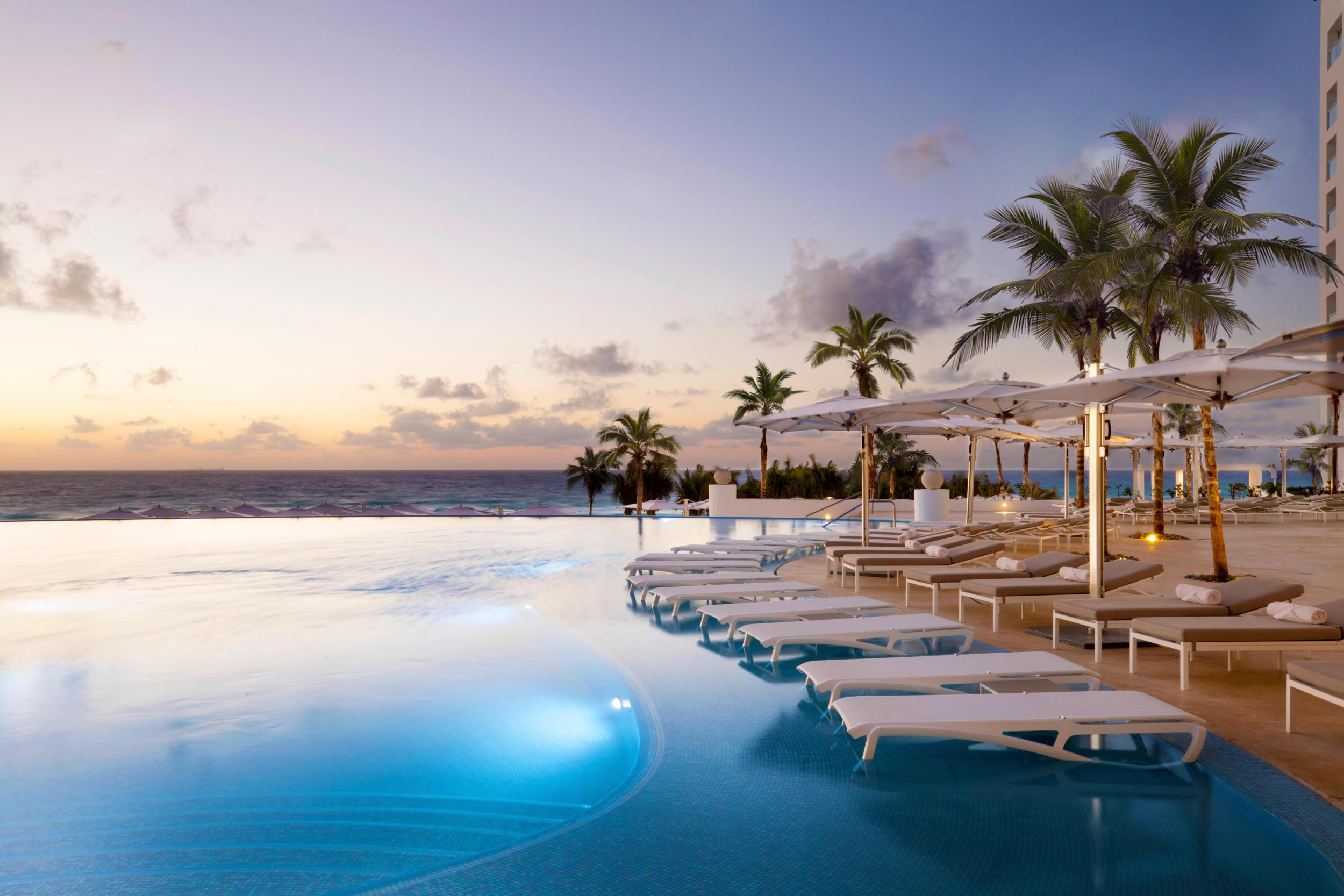 Holidays To Cancun Le Blanc Spa Resort