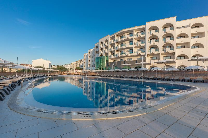 Solaqua aparthotel in albufeira portugal holidays from for Portugal appart hotel