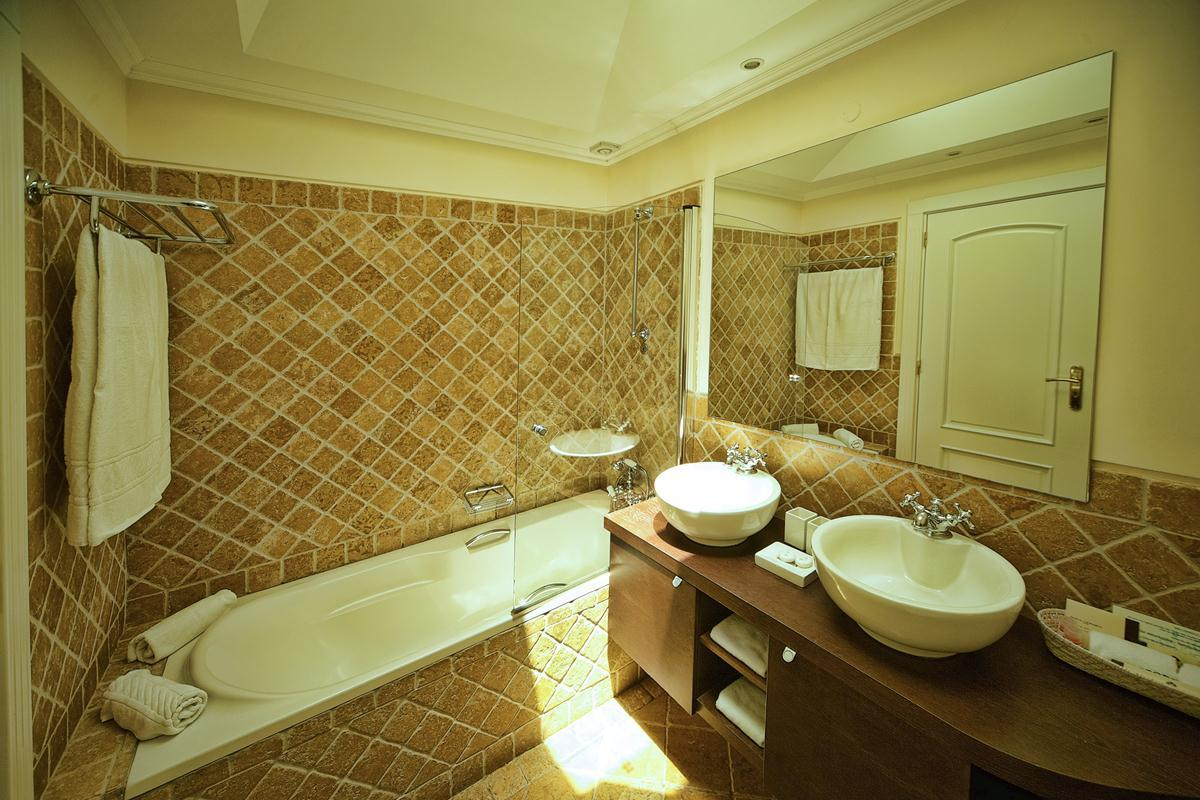 Suites Alba Resort and Spa