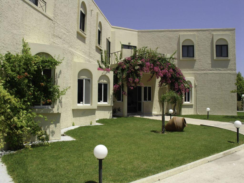 Summerland Hotel & Bungalows in Ixia, Rhodes, Greek Islands