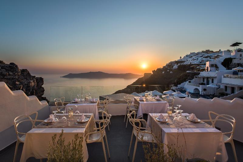 Pegasus Suites & Spa in Imerovigli, Santorini, Greek Islands