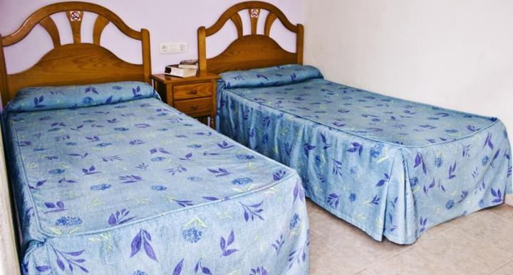Click Benidorm Playamar Apartments Image 1