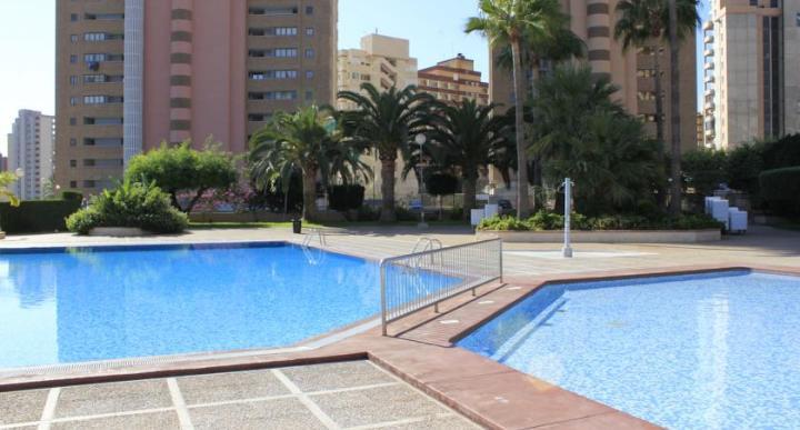 Click Benidorm Vistamar Apartments Image 3
