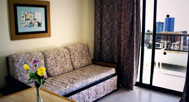 Click Benidorm Vistamar Apartments Image 9
