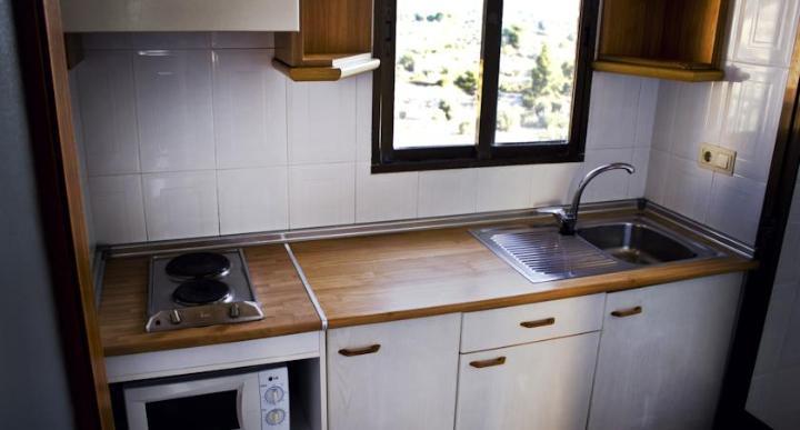 Click Benidorm Vistamar Apartments Image 10