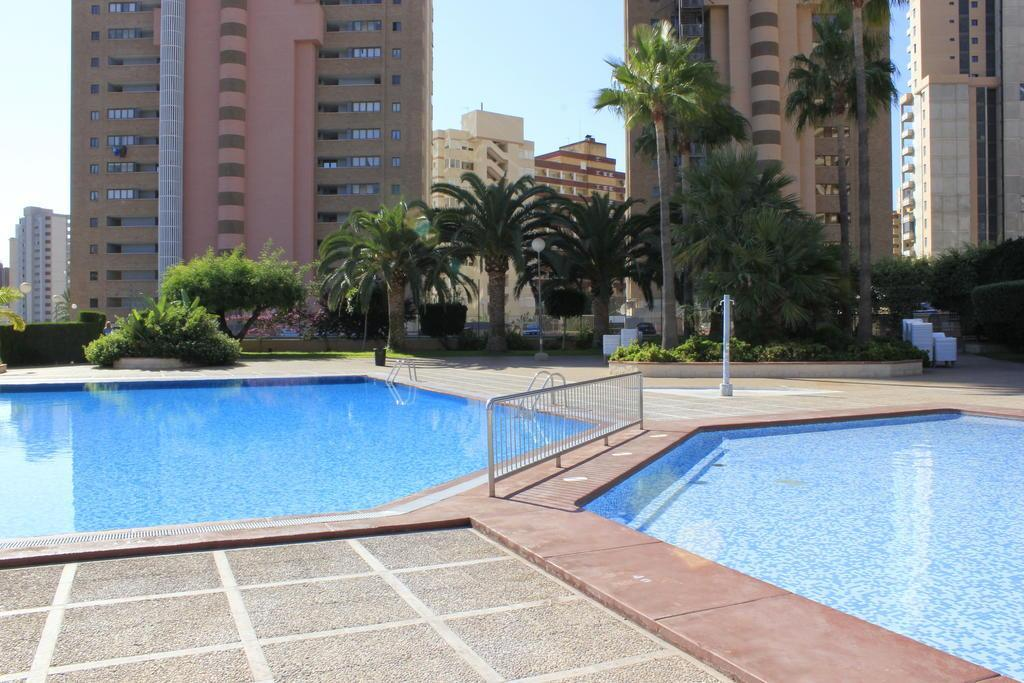 Click Benidorm Vistamar Apartments in Benidorm, Costa Blanca, Spain