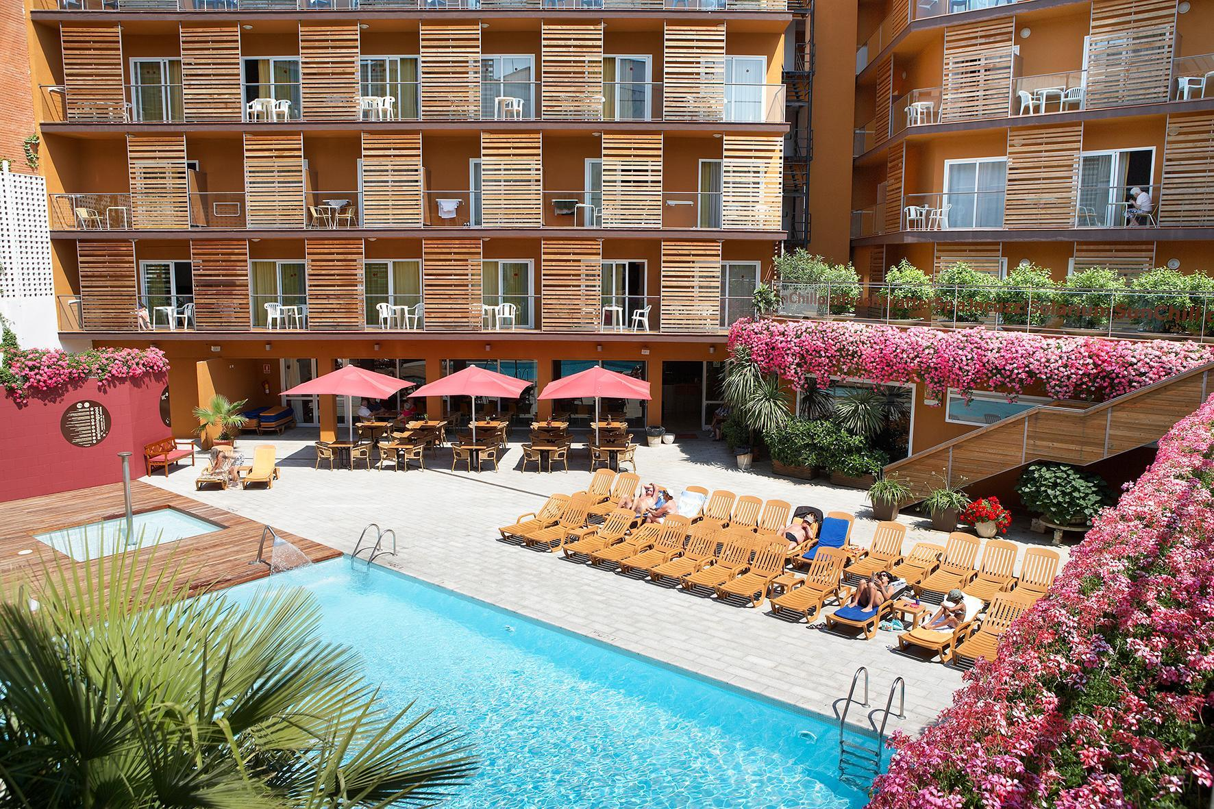 Alegria Plaza Paris Hotel (ex. Fergus Style Plaza Paris Hotel) in Lloret de Mar, Costa Brava, Spain
