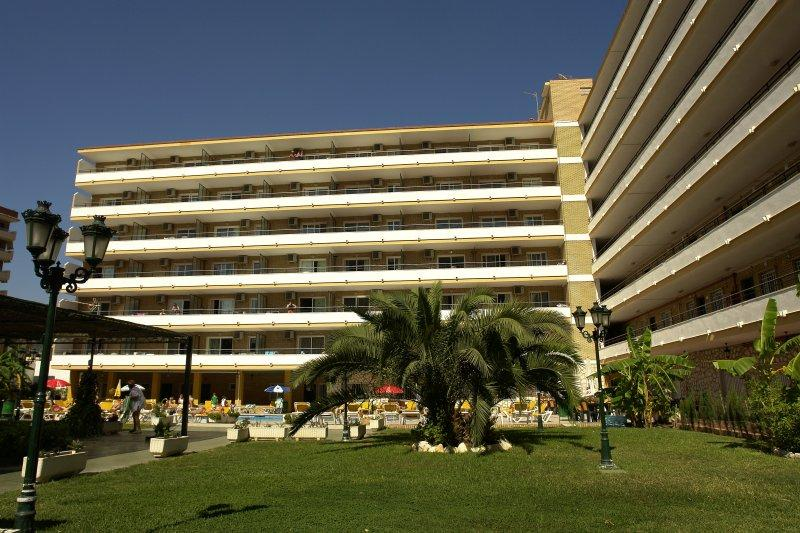 Buensol Apartments