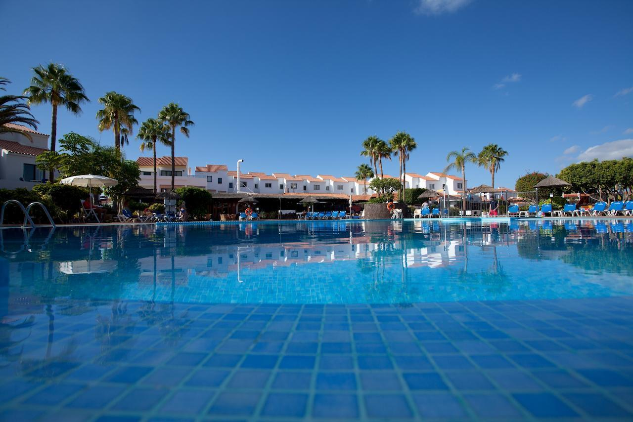 Select Sunningdale in Golf del Sur, Tenerife, Canary Islands