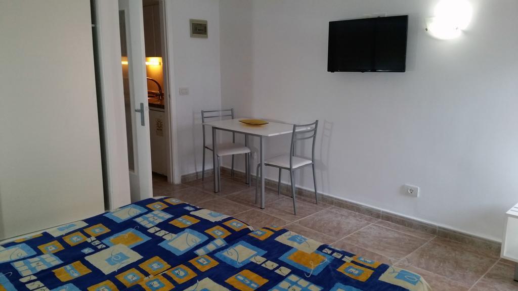 Chinyero Apartments in Puerto de la Cruz, Tenerife ...