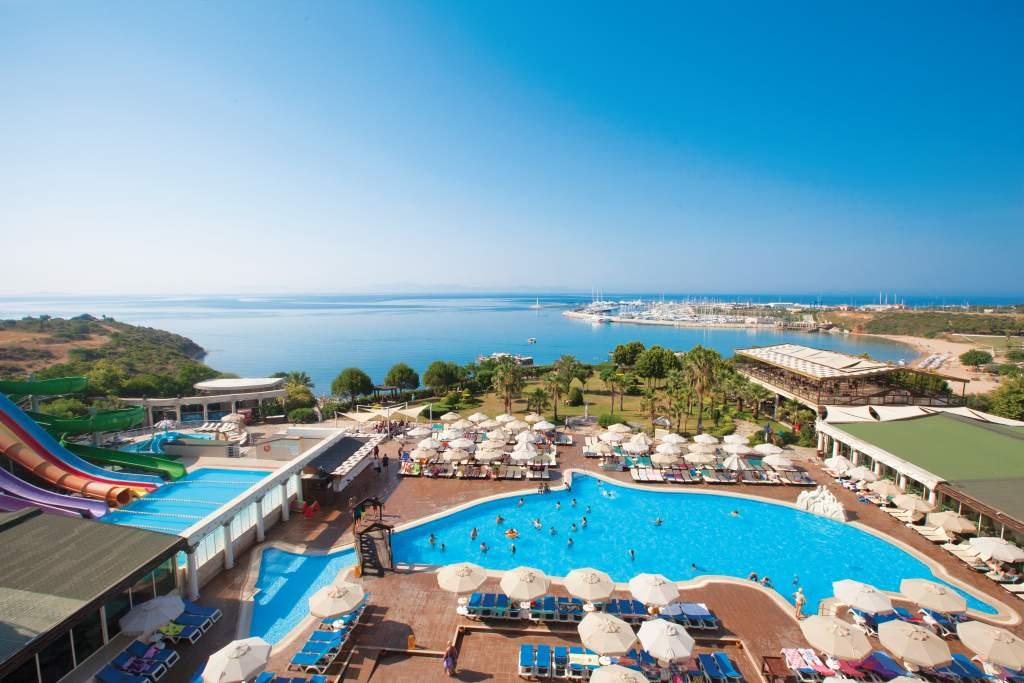 Didim Beach Resort Aqua And Elegance Thalasso in Altinkum, Aegean Coast, Turkey