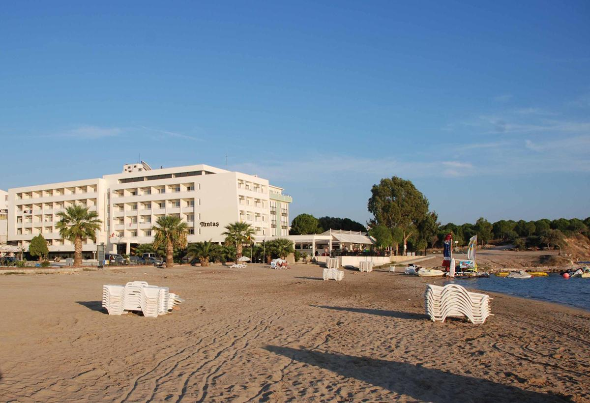 Tuntas Beach Hotel in Altinkum, Aegean Coast, Turkey