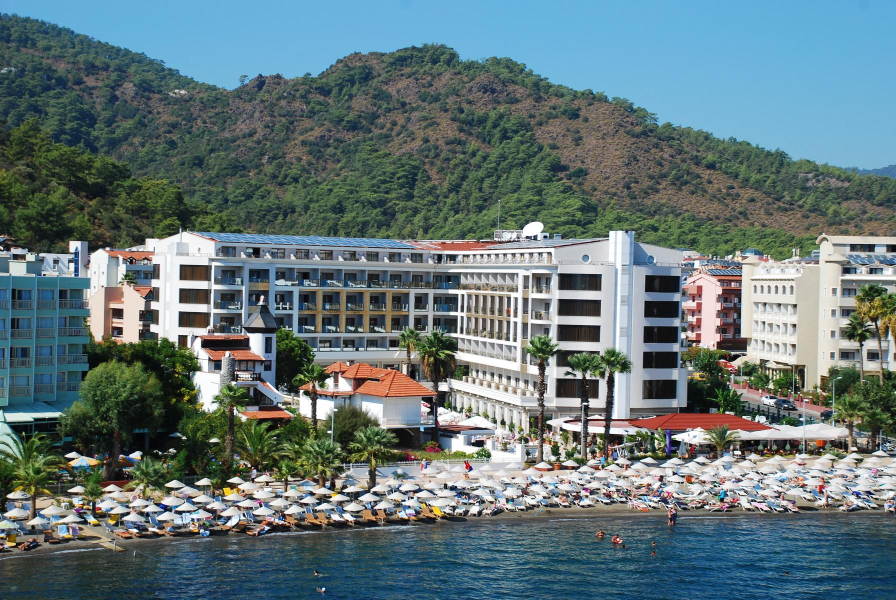Golden Rock Beach Hotel