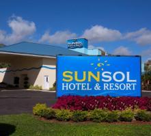 Sunsol International Drive in Orlando, Florida, USA
