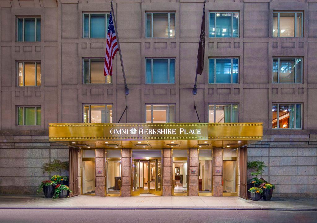 Omni Berkshire Place in New York, New York, USA